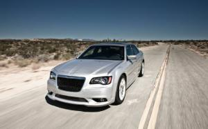 2012 Chrysler 300 SRT8 & Dodge Charger SRT8 First Drive - Motor Trend