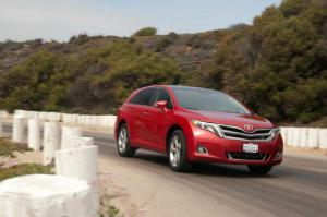 2014 Toyota Venza V-6 AWD First Test