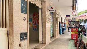 Uma pessoa chegou a ligar para uma lotérica se passando por um funcionário público e solicitando que pagamentos fossem efetuados com o cheque falso