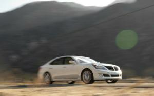 2012 Hyundai Equus Ultimate First Test - Motor Trend