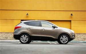 2010 Hyundai Tucson Limited Long Term Update 4 - Motor Trend