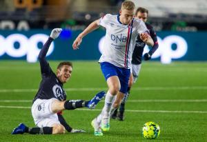 Sluttspill om norsk fotball – TV 2 tar ledelsen med NRK på laget