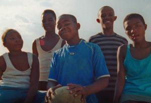SOS-barnebyer-reklame får kritikk: - En oppfatning av at afrikanske land ikke er demokratier | Kampanje