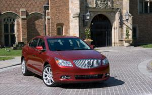 2010 Buick LaCrosse CXS Engine and Performance - Motor Trend