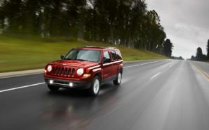 2012 Jeep Patriot Photo Gallery - Motor Trend