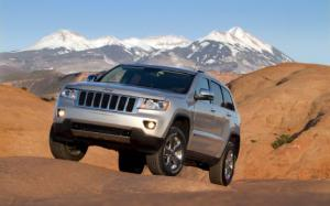 2012 Jeep Grand Cherokee Photo Gallery - Motor Trend