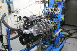 inside the c5 z06 s ls6 engine