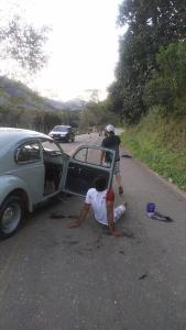Marcos Adriano Dias Cândido, de 21 anos, pilotava uma moto que se chocou contra um carro. Segundo a polícia, ele estava sem capacete e morreu logo após ser socorrido