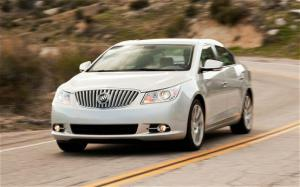 2010 Buick LaCrosse CXS Long Term Update 6 - Motor Trend