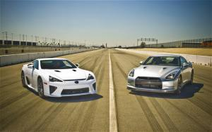 2012 Lexus LFA Launch Procedure - Motor Trend
