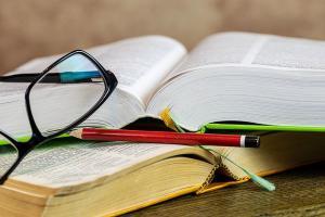 Quase seis em cada dez analfabetos no país são moradores da região Nordeste, onde houve ligeira piora no analfabetismo em relação ao ano anterior
