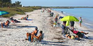 Florida Joins Gradual Coronavirus Reopening