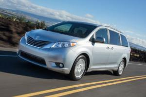 2015 Toyota Sienna First Drive - Motor Trend