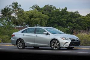 2015 Toyota Camry I-4 First Drive - Motor Trend
