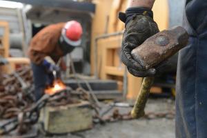 Oportunidades são para quem quer trabalhar na construção civil, na indústria, na saúde, na prestação de serviços, entre outros setores; veja como concorrer