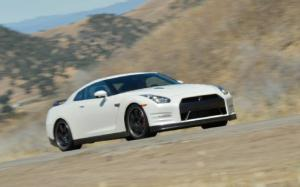 2013 Nissan GT-R Black Edition Long-Term Update 5 - Motor Trend