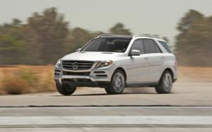 2012 Mercedes-Benz ML350 4Matic and Bluetec First Test - Motor Trend