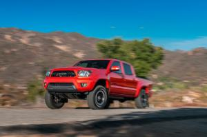 2015 Toyota Tacoma TRD Pro First Test - Motor Trend