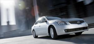 2007 Nissan Altima - Full-size Sedan First Test & Review Interior & Exterior - Motor Trend