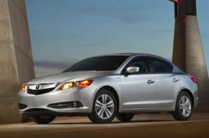 2014 Acura ILX Hybrid Priced at $29,795, Tech Package at $35,495