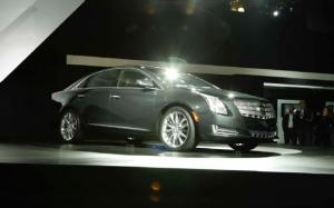 2013 Cadillac XTS First Look - Motor Trend