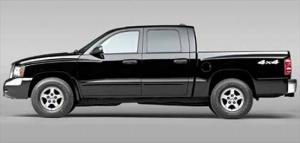 2005 Dodge Dakota and 2005 Nissan Frontier Pictures - Truck Trend
