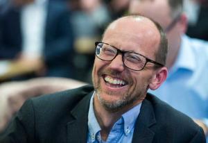 Ny Morgenbladet-eier kan få 70 millioner i pressestøtte - konkurrent kaller det «helt vanvittig»   Kampanje