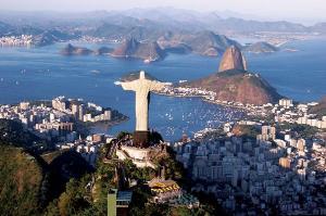 Na cidade do Rio de Janeiro, a pandemia já fez 10.793 vítimas. Em relação ao balanço divulgado ontem, foram acrescentados mais 163 casos confirmados e 63 novas mortes