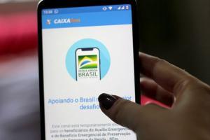 Conta que é movimentada por aplicativo de celular também poderá ser usada para o pagamento de benefícios previdenciários. Texto segue para o Senado