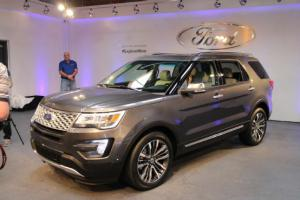 2016 Ford Explorer First Look - Motor Trend