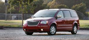 2008 Chrysler Town & Country - Long Term Update 4 - Motor Trend