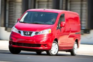 2013 Nissan NV200 SV Long-Term Arrival First Test - Motor Trend