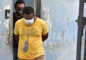Segundo a polícia, ele é o principal suspeito de espancar a criança. Aghata Vitória Santos Godinho foi levada desacordada e com hematomas para uma base da Eco 101