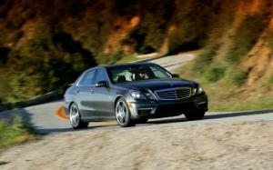 2012 Mercedes-Benz E63 AMG First Test - Motor Trend