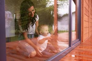 Janelas amplas, que permitam ventilação eficaz, estão na lista de prioridades