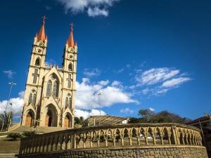 A vítima é do sexo feminino e estava internada no Hospital Estadual Dr. Jayme Santos Neves, na Serra; a paciente faleceu neste domingo (26)