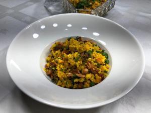 O chef Victor Prazeres, do Centro de Convenções de Vila Velha, reinventou a tradicional canjiquinha com carne suína para os festejos julinos