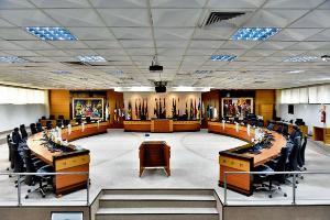 Inicialmente apenas juízes, servidores, estagiários e terceirizados retomarão expediente interno nas unidades do Poder Judiciário. Plano de retomada tem três fases