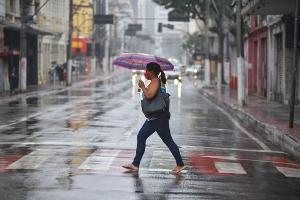 Ciclone vai se posicionar sobre o mar na costa do Rio Grande do Sul, mas frente fria avança para o Espírito Santo a partir de quarta-feira (30), trazendo instabilidade para todas as regiões capixabas