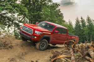 10 Most Important Changes to the 2016 Toyota Tacoma - Motor Trend