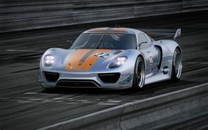 Porsche 918 Heads To Production - Motor Trend