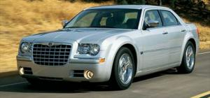 2005 Chrysler 300 - Review - IntelliChoice