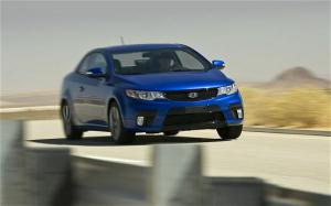 2010 Kia Forte Koup First Test and Review - Motor Trend