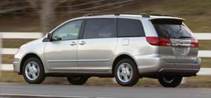 2005 Toyota Sienna Ownership, Options, & Review Summary - IntelliChoice Car Reviews - Motor Trend