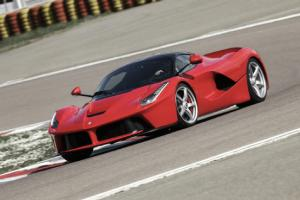 Ferrari LaFerrari First Test - Motor Trend