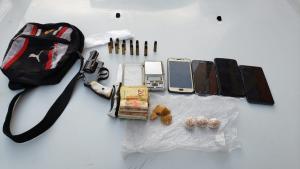 Operação, que é realizada em Vila Velha e Vitória, busca suspeitos de envolvimento com tráfico de drogas e homicídios na manhã desta segunda (28)