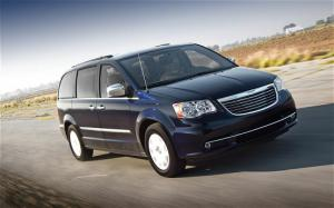 2011 Chrysler Town & Country Touring First Test - Motor Trend