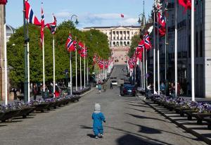 Reklamemarkedet faller med nesten 900 millioner – ny korona-smell i mai | Kampanje