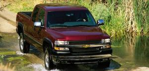 2001 Chevrolet Silverado 2500HD Review, Price & Road Test - Motor Trend