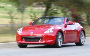2010 Nissan 370Z Roadster Interior and Chassis - Motor Trend